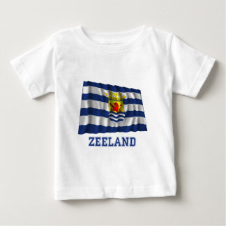 Bandera que agita de Zelanda con nombre Remera