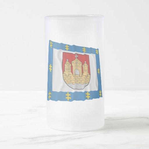 Bandera que agita del condado de Klaipeda Taza De Café