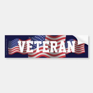 Bandera que agita del veterano de Estados Unidos Pegatina Para Auto