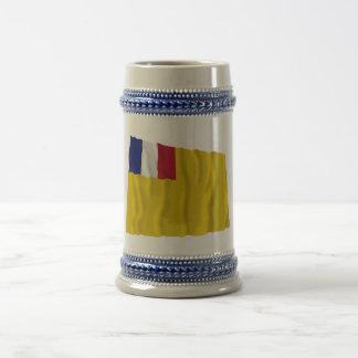 Bandera que agita francesa de indochina (1887-1954 jarra de cerveza