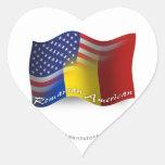 Bandera que agita Rumano-Americana Pegatina En Forma De Corazón