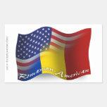 Bandera que agita Rumano-Americana Pegatina Rectangular