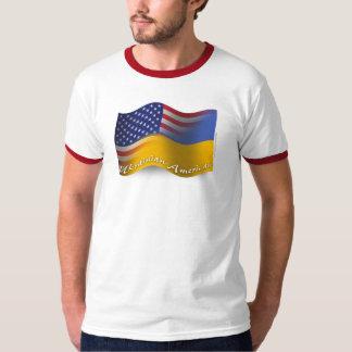 Bandera que agita Ucraniano-Americana Remeras