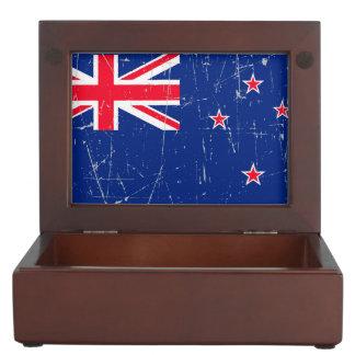 Bandera rascada y rasguñada de Nueva Zelanda Cajas De Recuerdos