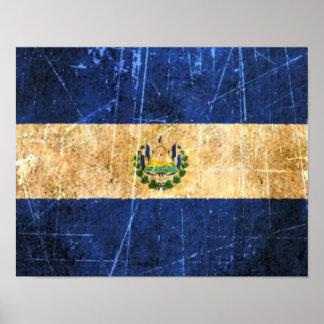 Bandera rasguñada y llevada de El Salvador del vin Póster