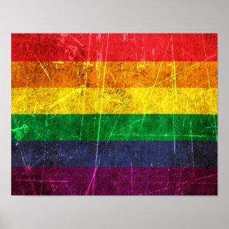 Bandera rasguñada y llevada del arco iris del orgu póster