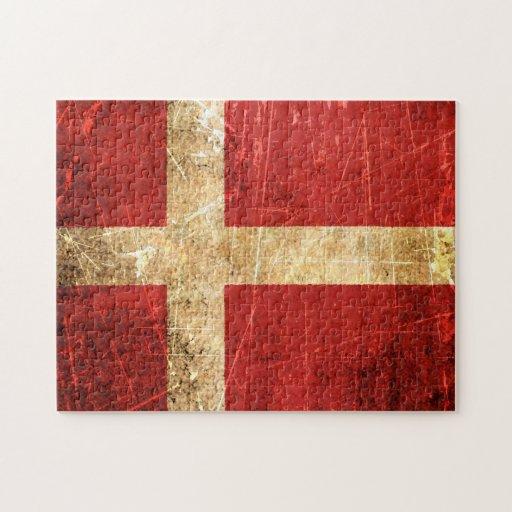 Bandera rasguñada y llevada del danés del vintage rompecabezas