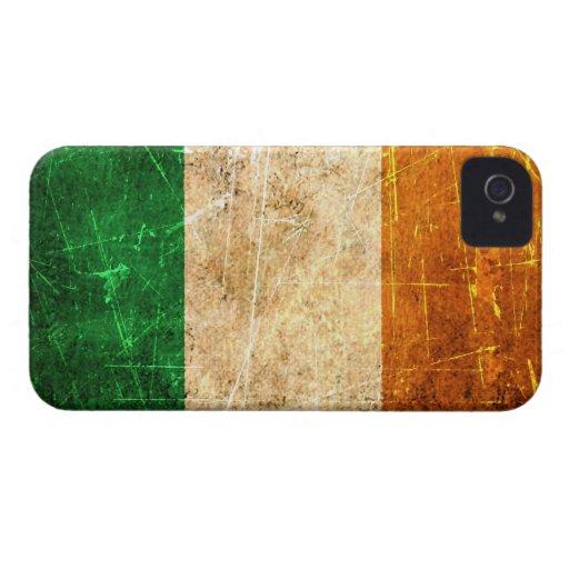 Bandera rasguñada y llevada del irlandés del vinta Case-Mate iPhone 4 protector