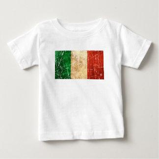 Bandera rasguñada y llevada del italiano del remera
