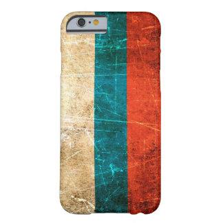 Bandera rasguñada y llevada del ruso del vintage funda barely there iPhone 6
