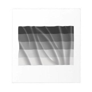 Bandera recta del orgullo que agita libretas para notas