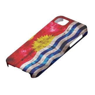Bandera resistida de Kiribati iPhone 5 Fundas