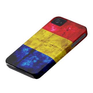 Bandera resistida de Rumania iPhone 4 Case-Mate Coberturas