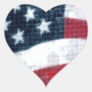 Bandera resistida pegatina en forma de corazón