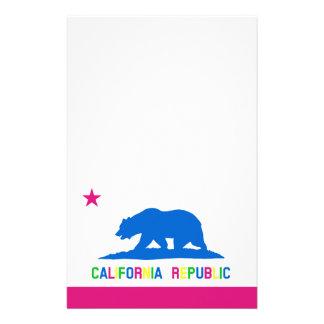 Bandera retra de California de los colores fluores Papeleria
