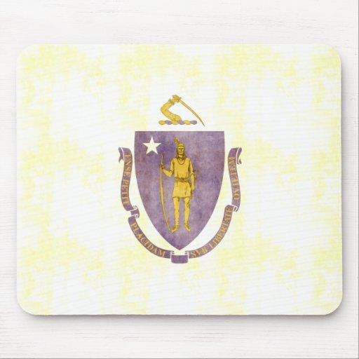 Bandera retra de Massachusetts del vintage Tapete De Ratones