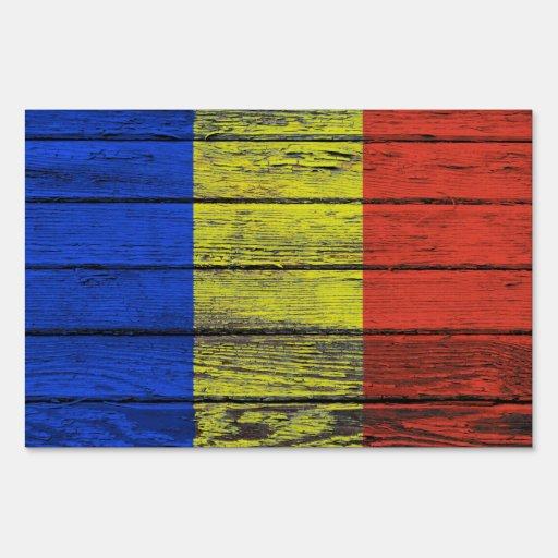 Bandera rumana con efecto de madera áspero del gra