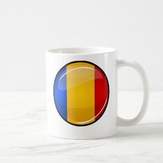 Bandera rumana redonda brillante taza básica blanca