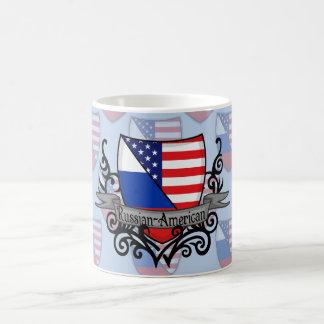 Bandera Ruso-Americana del escudo Taza