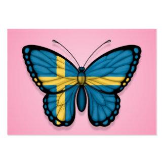 Bandera sueca de la mariposa en rosa tarjetas personales