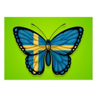 Bandera sueca de la mariposa en verde tarjetas de visita