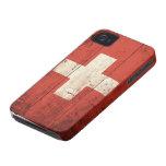 Bandera suiza de madera vieja iPhone 4 Case-Mate protector