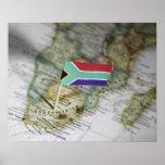 Bandera surafricana en mapa póster