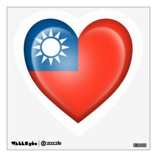 Bandera taiwanesa del corazón en blanco vinilo decorativo