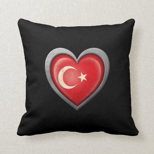 Bandera turca del corazón con efecto del metal almohada
