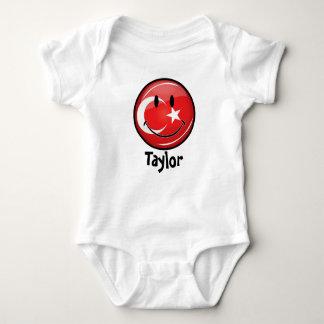 Bandera turca sonriente mameluco de bebé