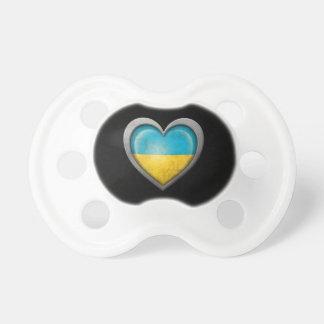 Bandera ucraniana del corazón con efecto del metal chupetes de bebe