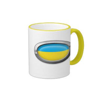Bandera ucraniana en el marco de acero tazas