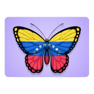 """Bandera venezolana de la mariposa en púrpura invitación 5"""" x 7"""""""