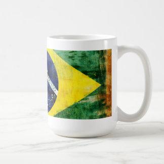 Bandera vieja del Brasil Taza Básica Blanca