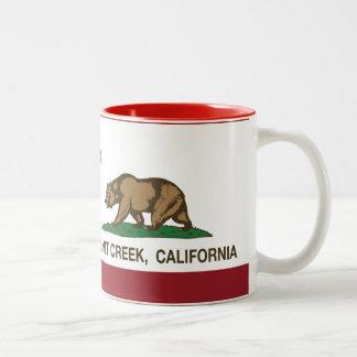 Bandera Walnut Creek del estado de California Taza De Dos Tonos