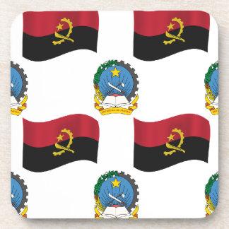 Bandera y escudo de Angola Posavasos De Bebida
