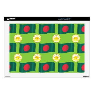 Bandera y escudo de Bangladesh Skins Para 43,2cm Portátil