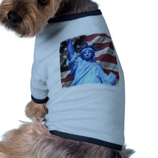 Bandera y estatua del diseño de la libertad ropa para mascota