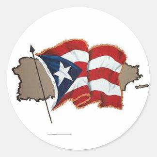 Bandera y isla puertorriqueñas pegatina redonda