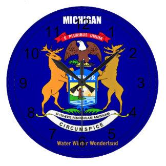 Bandera y lema de Michigan Reloj De Pared