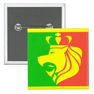Bandera y león del reggae de Rasta Pin Cuadrado