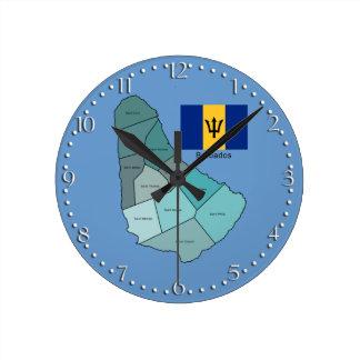 Bandera y mapa de Barbados Reloj Redondo Mediano