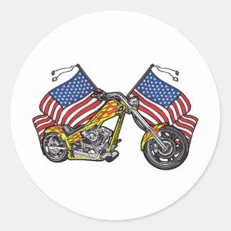 Banderas americanas del motorista pegatina redonda