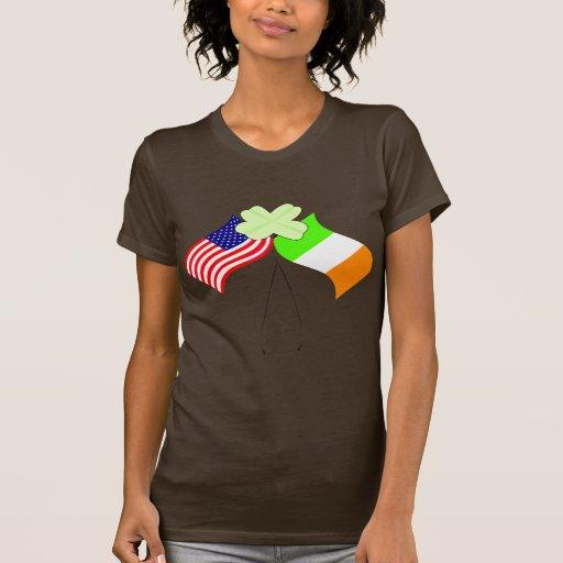 Banderas americanas irlandesas y trébol del KRW Camiseta