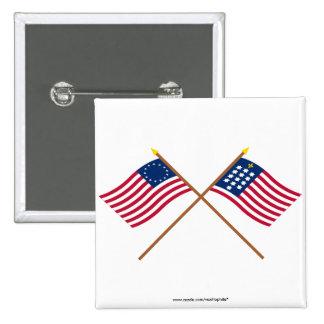 Banderas cruzadas de Alliance de Betsy Ross y del  Pin