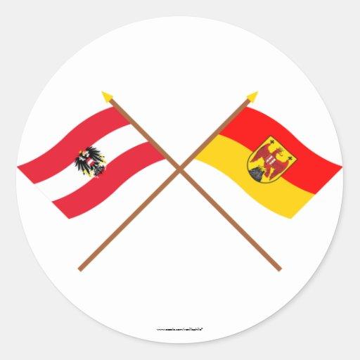 Banderas cruzadas de Austria y de Burgenland Pegatina Redonda