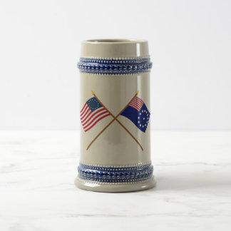 Banderas cruzadas de Betsy Ross y de Easton Tazas De Café