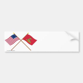 Banderas cruzadas de Betsy Ross y de Hannover Asso Pegatina De Parachoque