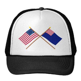 Banderas cruzadas de Betsy Ross y de la marina de Gorras