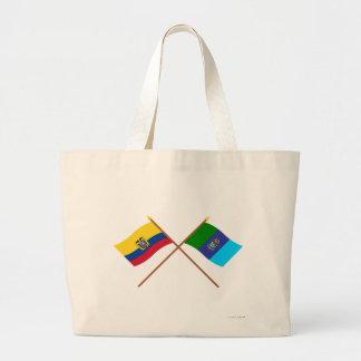 Banderas cruzadas de Ecuador y de Santa Elena Bolsas De Mano
